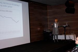 Forskningsleder Anne Line Bretteville-Jensen ved SIRUS presenterte det nyeste innen utvikling med cannabis og cannabisprodukter.